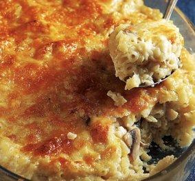 Η Αργυρώ Μπαρμπαρίγου σε μια εύκολη συνταγή  - Κοραλάκι με μανιτάρια αλά κρεμ στο φούρνο - Κυρίως Φωτογραφία - Gallery - Video