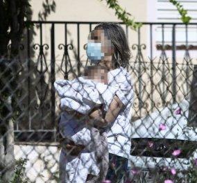 Εγκλημα στα Γλυκά Νερά: Ανατριχιαστικές οι αποκαλύψεις - Το μωρό σκουντούσε την μάνα του για να την ξυπνήσει - Δεν είχε οικιακή βοηθό το ζευγάρι - Κυρίως Φωτογραφία - Gallery - Video