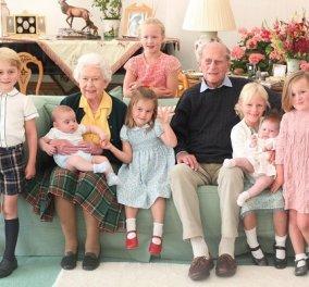 Τα 10 δισέγγονα της βασίλισσας Ελισάβετ: Γνωρίστε την επόμενη γενιά των British royals - Από την πριγκίπισσα Charlotte, στην Isla & τον Archie (βίντεο) - Κυρίως Φωτογραφία - Gallery - Video