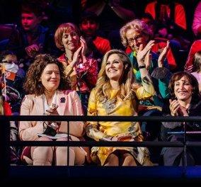 Στην Eurovision η βασίλισσα Μάξιμα: Τα Outfits της και η κουβέντα για την μουσική με την διάσημη Youtuber «NikkieTutorials» (φωτό & βίντεο) - Κυρίως Φωτογραφία - Gallery - Video