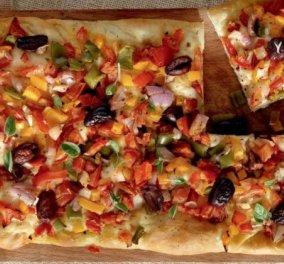 Αργυρώ Μπαρμπαρίγου: Παραδοσιακή Λαδένια Κιμώλου  - Η πιο νόστιμη σπιτική πίτσα για εσάς & την παρέα σας - Κυρίως Φωτογραφία - Gallery - Video