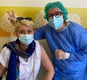 Γενέθλια για την Σία Κοσιώνη: Η απίθανη φωτό από όταν ήταν παιδάκι και ο εμβολιασμός της - «Άλλη μια Astrazenecan στην παρέα!» - Κυρίως Φωτογραφία - Gallery - Video