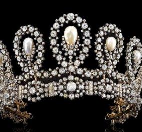 Για 1,34 εκ. ευρώ πουλήθηκε η τιάρα του Οίκου της Σαβοΐας - Ένα αριστούργημα από διαμάντια και μαργαριτάρια με ιστορική αξία (φώτο) - Κυρίως Φωτογραφία - Gallery - Video