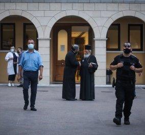 Σοκ & δέος στη Μονή Πετράκη: Ιερέας έριξε βιτριόλι σε 7 μητροπολίτες 2 δικηγόρους & έναν αστυνομικό -  Επιτέθηκα γιατί με καθαίρεσαν (φώτο-βίντεο) - Κυρίως Φωτογραφία - Gallery - Video