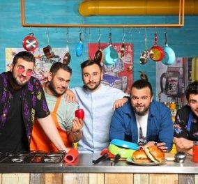 Απόψε η παρέα του Cook Beef θα πάει παραλία και θα δει Euro - Ο Νίκος Θωμάς, ο Μάνος, ο Σταύρος, ο Χρήστος και ο Σάββας (βίντεο) - Κυρίως Φωτογραφία - Gallery - Video