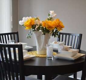Ο Σπύρος Σούλης προτείνει: 5 τρόποι για να διακοσμήσετε υπέροχα μια πολύ μικρή τραπεζαρία - Κυρίως Φωτογραφία - Gallery - Video
