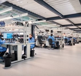 ΓΕΡΜΑΝΟΣ: Νέο υπερσύγχρονο επισκευαστικό κέντρο 1.100τ.μ. - Η εμπειρία στο service αλλάζει επίπεδο - Κυρίως Φωτογραφία - Gallery - Video