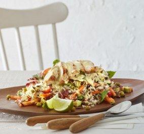 Η Αργυρώ Μπαρμπαρίγου προτείνει: Σαλάτα με καστανό ρύζι και κοτόπουλο - πλήρως αντιοξειδωτική και με πολύ νοστιμιά - Κυρίως Φωτογραφία - Gallery - Video