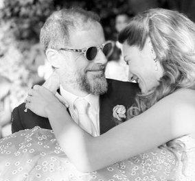 Ο παραδοσιακός γάμος του εφοπλιστή Αντώνη Λαιμού με την Μαρίκα Αράπογλου στο Πάπιγκο - Το στολισμένο τζιπ των just married (φωτό) - Κυρίως Φωτογραφία - Gallery - Video