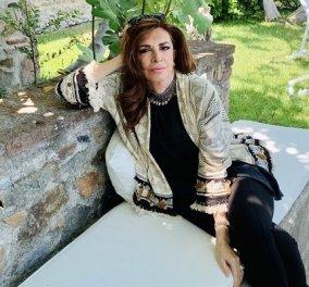 Επιτέλους ρεπο για την Μιμή Ντενίση! Βόλτα στην Μυτιλήνη μετά από μια έντονη εβδομάδα γυρισμάτων για το «Σμύρνη μου αγαπημένη» (φωτό) - Κυρίως Φωτογραφία - Gallery - Video