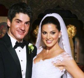 Επέτειος γάμου για την Σταματίνα Τσιμτσιλή και τον θέμη Σοφό: Η φωτό με το ρομαντικό νυφικό - «10 χρόνια μετά!» - Κυρίως Φωτογραφία - Gallery - Video