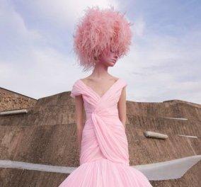Η γοητεία του απρόβλεπτου στη νέα haute couture κολεξιόν του Giambattista Valli: Τούλινα φορέματα, τουαλέτες από σιφόν (φωτό & βίντεο)  - Κυρίως Φωτογραφία - Gallery - Video