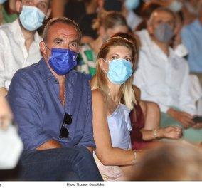 Στο Ηρώδειο ο Νίκος Αλιάγας και η σύζυγός του Τίνα Γρηγορίου - Ποιοι άλλοι διάσημοι παρακολούθησαν την παράσταση της Λυρικής (φωτό) - Κυρίως Φωτογραφία - Gallery - Video