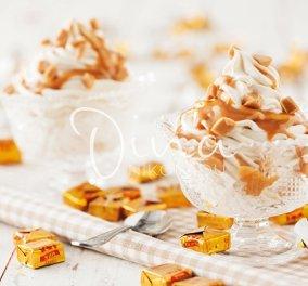 Ένα λαχταριστό επιδόρπιο από τη Ντίνα Νικολάου: Κρέμα καραμέλα με σάλτσα καραμέλας γάλακτος - ποιος να αντισταθεί - Κυρίως Φωτογραφία - Gallery - Video