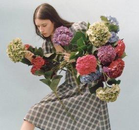 7 χρώματα από τις πασαρέλες που κρατάμε για την γκαρνταρόμπα του Φθινοπώρου: Από φούξια και μπλε σε λαδί & μουσταρδί (φωτό) - Κυρίως Φωτογραφία - Gallery - Video