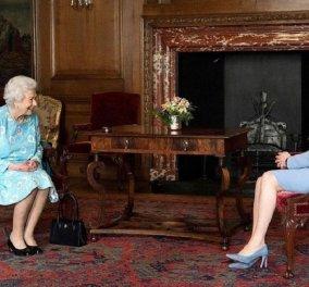 Η εβδομάδα της βασίλισσας Ελισάβετ στη Σκωτία - Τα εγκαίνια, οι συναντήσεις - τα κομψά outfit σε γαλάζιο και μωβ (φώτο) - Κυρίως Φωτογραφία - Gallery - Video