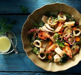 Αργυρώ Μπαρμπαρίγου: Φρικασέ θαλασσινών της Αργυρώς - Πρόκειται για μία οικογενειακή συνταγή από την Πάρο - Κυρίως Φωτογραφία - Gallery - Video