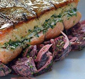 Γιάννης Λουκάκος: Με αυτό το πιάτο θα τον εντυπωσιάσεις - Σολομός στο φούρνο, με σαλάτα από ψητά παντζάρια, φινόκιο & σάλτσα με μουστάρδα και άνηθο - Κυρίως Φωτογραφία - Gallery - Video