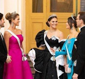 Οι πριγκίπισσες της Σουηδίας ξανά μαζί: Η διάδοχος Βικτώρια & η όμορφη αδερφή της Μαντλέν άκουσαν τον αγαπημένο τους τραγουδιστή (φωτό) - Κυρίως Φωτογραφία - Gallery - Video