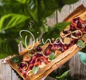 Ντίνα Νικολάου: Καλοκαιρινή τάρτα με κρέμα τυριών, πιπεριές και λαδοτύρι - Πικάντικη, πολύχρωμη και γευστικότατη - Κυρίως Φωτογραφία - Gallery - Video