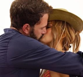 Jennifer Lopez & Ben Affleck: Nέο φιλί πάνω στο σκάφος - Η «πανδημία» του ξαναζεσταμένου έρωτα μεταδίδεται σε όλο τον πλανήτη (φωτό) - Κυρίως Φωτογραφία - Gallery - Video