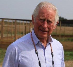 Ο πρίγκιπας Κάρολος για τις φωτιές στην Ελλάδα: «Είναι σπαρακτικό… εφιαλτικό να βλέπω πορτοκαλί τον άλλοτε γαλάζιο ουρανό» (φωτό) - Κυρίως Φωτογραφία - Gallery - Video