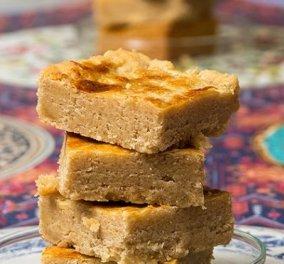 Ο Στέλιος Παρλιάρος μας δείχνει πώς θα φτιάξουμε boterkoek: Είναι ένα φανταστικό κέικ βουτύρου με καταγωγή από την Ολλανδία - Κυρίως Φωτογραφία - Gallery - Video