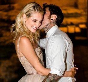 """Τι ρομαντικό! - Η Κιάρα Φεράνι γιορτάζει την τρίτη επέτειο του γάμου της & ο Φεντέζ της """"κάνει καντάδα"""" σε πλατφόρμα στη λίμνη του Κόμο  (φώτο-βίντεο)  - Κυρίως Φωτογραφία - Gallery - Video"""