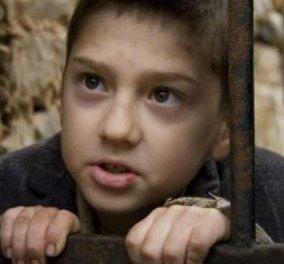 Ο μικρός από το «Νησί» που είχε κλέψει τις καρδιές μας, μεγάλωσε - τώρα πρωταγωνιστής και στον «Σασμό» (φωτό) - Κυρίως Φωτογραφία - Gallery - Video