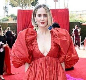 Οι εντυπωσιακές εμφανίσεις στα Emmy Awards - τι φόρεσαν οι αστέρες της τηλεόρασης στο κόκκινο χαλί (φωτό & βίντεο) - Κυρίως Φωτογραφία - Gallery - Video