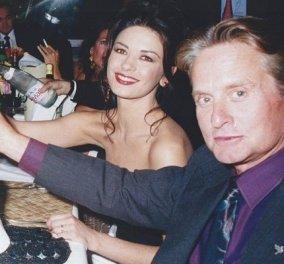 Όταν ο Michael Douglas ερωτεύτηκε την Catherine Zeta Jones: Τα πιο όμορφα λόγια για τα γενέθλιά της - γιορτάζουν και οι δύο (φωτό) - Κυρίως Φωτογραφία - Gallery - Video