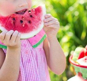 Διατροφή στην παιδική ηλικία: Από την κοιλίτσα της μαμάς και τον θηλασμό έως τα πρώτα χρόνια ζωής και την εφηβεία  - Κυρίως Φωτογραφία - Gallery - Video