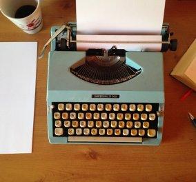 Σε ποια ηλικία οι διάσημοι συγγραφείς εξέδωσαν το πρώτο τους βιβλίο; - Ο Πάμπλο Νερούδα ήταν μόλις 19 ετών, ο Τσέχωφ 28  - Κυρίως Φωτογραφία - Gallery - Video