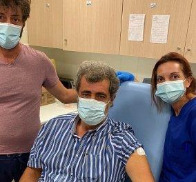 Πολάκης: Η στιγμή που κάνει το εμβόλιο κατά του κορωνοϊού & το «πάρτι» στο Twitter - «δείτε τι μας κρύβουν» (φωτό & βίντεο) - Κυρίως Φωτογραφία - Gallery - Video