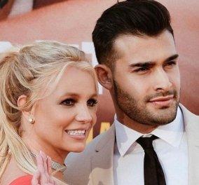 Η Britney Spears αρραβωνιάστηκε με τον Sam Asghari: Η 39χρονη pop star έτοιμη για τον τρίτο γάμο (φωτό & βίντεο) - Κυρίως Φωτογραφία - Gallery - Video