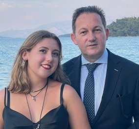 Ο Στέλιος Πέτσας εύχεται στο κοριτσάκι του: «Χαρούμενα γενέθλια αγάπη μου!» - πατέρας & κόρη με φόντο την θάλασσα (φωτό) - Κυρίως Φωτογραφία - Gallery - Video