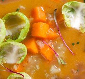 Γιάννης Λουκάκος: Mια απίστευτη Φθινοπρωινή συνταγή - Σούπα κολοκύθας με καβουρδισμένο βούτυρο & μπαχαρικά - Κυρίως Φωτογραφία - Gallery - Video