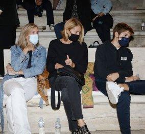 Η Τζένη Μπαλατσινού με τον γιο της Μάξιμο, ο Γιώργος Νταλάρας και ο Μαζωνάκης στη συναυλία του Sting στο Ηρώδειο (φωτό) - Κυρίως Φωτογραφία - Gallery - Video