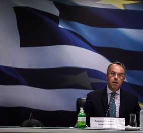 Live: Δηλώσεις από τον Υπουργό Οικονομικών κ. Χρήστο Σταϊκούρα για τα μέτρα στήριξης της κοινωνίας από τις επιπτώσεις της διεθνούς ενεργεια - Κυρίως Φωτογραφία - Gallery - Video