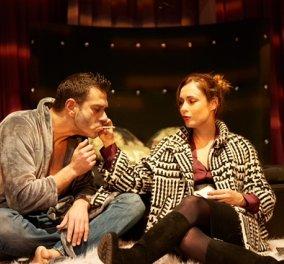 Η παράσταση «Θέλω να σου κρατάω το χέρι» του Τάσου Ιορδανίδη εγκαινιάζει τη νέα καλλιτεχνική εποχή κάνοντας πρεμιέρα στις 29 Οκτωβρίου στο θέατρο Άλφα - Κυρίως Φωτογραφία - Gallery - Video