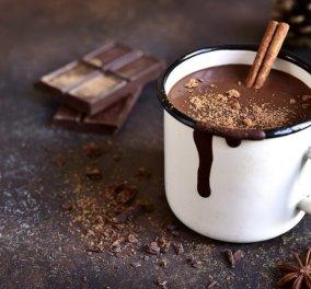 Αργυρώ Μπαρμπαρίγου: Εύκολη ζεστή σοκολάτα με κουβερτούρα, για τις κρύες μέρες & νύχτες   - Κυρίως Φωτογραφία - Gallery - Video