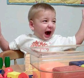 Πολύ συγκινητικό: Δείτε την χαρά ενος δίχρονου κωφού αγοριού που ακούει την μαμά του για πρώτη φορά να λέει το όνομα του (βίντεο)  - Κυρίως Φωτογραφία - Gallery - Video