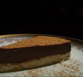 Το πάντρεμα του παραδοσιακού με το μοντέρνο έχουν σαν αποτέλεσμα... μια τούρτα με χαλβά και ταχίνι! (βίντεο) - Κυρίως Φωτογραφία - Gallery - Video