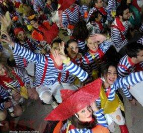 Βόλτα στη νυχτερινή καρναβαλική Πάτρα - Δείτε φωτό και βίντεο - Πατρινό Καρναβάλι 2013 - Κυρίως Φωτογραφία - Gallery - Video