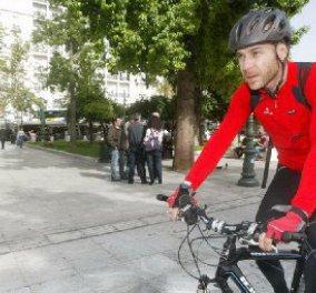 Σε λίγο ξεκινάει η μεγάλη ποδηλατόβολτα του ΚΕΘΕΑ ΣΤΡΟΦΗ από το Καλλιμάρμαρο έως την Λίμνη Βουλιαγμένης με τον Γιώργο Αμυρά μπροστά !  - Κυρίως Φωτογραφία - Gallery - Video
