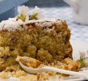 Νηστήσιμο κέικ με αμύγδαλο από τον Στέλιο Παρλιάρο για να μην μείνει κανένα κομμάτι στο ταψί! - Κυρίως Φωτογραφία - Gallery - Video
