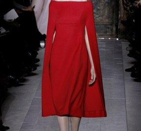 Να δούμε μια συγκλονιστική επίδειξη από Valentino με φορέματα «κεντημένα» στην εντέλεια (φωτογραφίες)  - Κυρίως Φωτογραφία - Gallery - Video