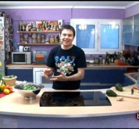 Dressing σαλάτας με Αβοκάντο και Μέλι από τον Ευτύχη Μπλέτσα - Νόστιμη και υγιεινή συνταγή που αξίζει να δοκιμάσετε! (βίντεο) - Κυρίως Φωτογραφία - Gallery - Video