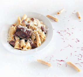 Λαχταριστές μακαρούνες µε τράγο και κρόκο Κοζάνης - Από τον δημιουργικό σεφ Γιάννη Μπαξεβάνη  - Κυρίως Φωτογραφία - Gallery - Video