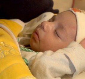 Story of the day: Αυτός είναι ο Γκάντι, το πρώτο μωρό χωρίς θρήσκευμα στο Λίβανο-Παιδί μιας σουνίτισας κι ενός σιίτη μουσουλμάνου - Κυρίως Φωτογραφία - Gallery - Video